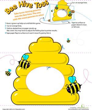 Paper writing bee emoji
